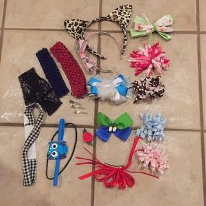 Girls curly bows, stretchy and plastic headbands